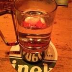 キャラメルママ - ジンお湯割り