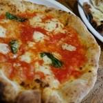 Sempre Pizza - (2013/11月)「マルゲリータ」(イートイン390円)