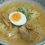 林泉堂 - 秋田比内地鶏ラーメン 並 680円