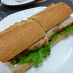 23432488 - シァルマーニュプーレ~ハーブチキンと野菜のバケットサンド