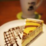 マグ カフェ - N.Y.チーズケーキ(チョコレート)
