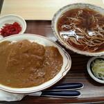 山福食堂 - ミニカツカレーとかけそばのセット(750円)です。