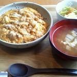 紅玉 - 親子丼(小盛り) 780円