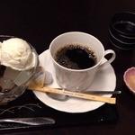 寒天工房 讃岐屋 新宿本店 - クリームあんみつコーヒーセット(700円→500円)
