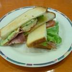 モーツアルト - ハムと野菜と卵のサンドイッチ