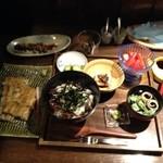 23443684 - うなぎとろとろ丼、白焼単品、肝焼き、うなぎのしっぽ