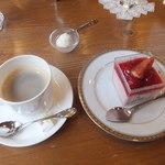 エーデルワイス洋菓子店 - いちじく ベリーのムース 2012/9/15