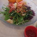 マル・マーレ - ビュッフェのサラダ