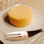 """ラ・テールセゾン - チーズケーキ""""酪"""""""