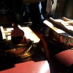 赤福 本店 - 茶釜。ものすごくいい香り