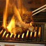 一宮ホルモン - 料理写真:昔ながらのロースターで焼き上げるお肉とホルモンは絶品♪