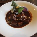 23450142 - 季節の鎌倉野菜と牛タンシチュー