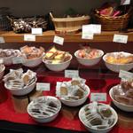 パティスリー ベニー - 焼き菓子もたくさんあります