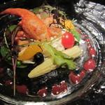 メデューサ - オマールとフルーツのサラダ仕立て(\2,000-)