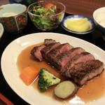 焼肉 千屋牛 - 料理写真:千屋牛ステーキ定食