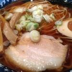 節系とんこつらぁ麺 おもと - 和風煮干らーめん 中 680円