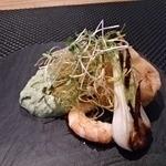 ル ピニョン - ホタテ、海老にネギのソース