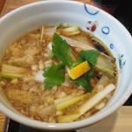 辰巳家 - ネギせいろのつけ汁