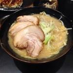 23467129 - 豪麺肉増し???1000円