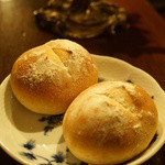 ダム・ジャンヌ - 自家製天然酵母のパン(1個157円)(2013/12)