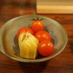 酒たまねぎや - 料理写真:お通し:プチトマトと鬼灯