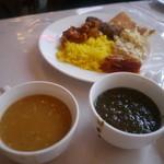 アラジン - スープやカレーもある。