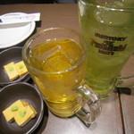 牡蠣屋うらら - 緑茶ハイ、ジャスミン茶と突き出し