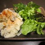 牡蠣屋うらら - 自家製ポテトサラダ