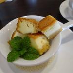 クーネルキッチン - チーズケーキ:アイスのコラボ