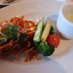 23483224 - チョイスメニュー豆乳のコーンスープ、温野菜、ナポリタン
