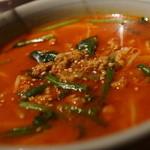 紅燈籠 - 四川担々麺
