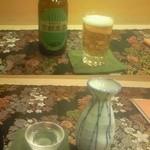 京料理 卯柳 - 最初に頼んだ地ビール(上)と、地酒「神聖 松の翠(みどり)」(下)松の翠は辛口の中にも甘さが口の中に広がり、大変飲みやすさと奥深さを兼ね備えていました
