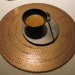 レストラン ラ フィネス - トリュフとオマール海老のフラン