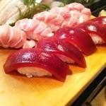 かわなみ鮨 - 大トロ、赤身漬け握り