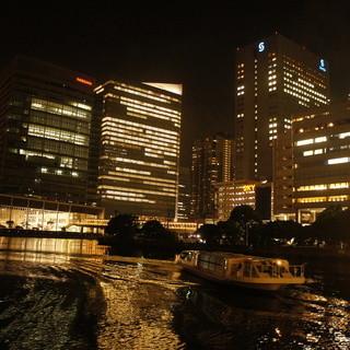 横浜夜景と海が広がるロケーション