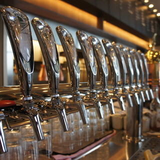 18Tapのクラフトビールは国内外の種類を取り揃えています!