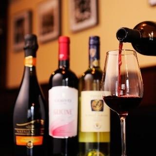 ソムリエ厳選シチリアワインを80種用意しております♪