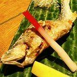 魚和食 浜菜虎 - 鮎の塩焼き