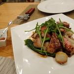 23500382 - 沖縄産豚熟成肩ロースのグリル