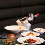 ビストロ アカサカ - シェフおすすめの料理が並ぶ『ムニューデギュスタション』