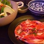 エトワールキッチン - 白味噌グリーンカレー鍋!2014年は豚肉増量!
