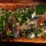 23507703 - 秋刀魚 刺身! 脂がのっていて美味い!