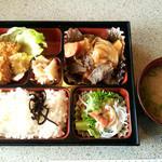 ベル - 料理写真:日替わり定食(600円)