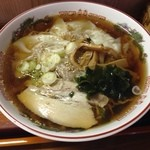 すとうらーめん - 料理写真:ワンタン麺