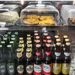 live cafe G - ビールの種類もいくつかございます!!