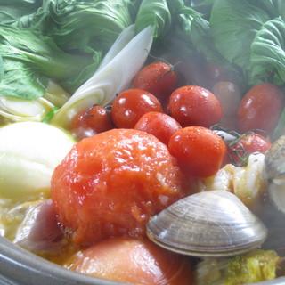 『創彩』冬の大人気メニューがこれ!''絶品トマト鍋''
