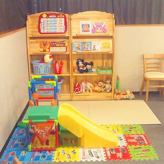 キッズスペース付個室。トイレ完備で子連れ食事、ママ会も安心!