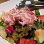 串焼 博多 松介 - アボカドと生ベーコンのサラダ様!アボカド大好きなんです♡