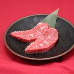 カルビ屋大福 - 料理写真:ミスジステーキ(US産)。1頭から数キロしか取れない貴重なお肉を贅沢にステーキで!!
