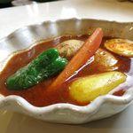 ルッカパイパイ - チキンカレーBスープのアップ